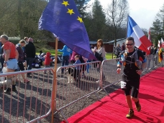 Kevin Nairn finishing